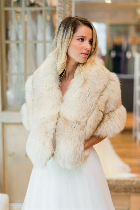 Bridal Dress Rental Boston - fur rentals flair boston wedding dresses in boston ma