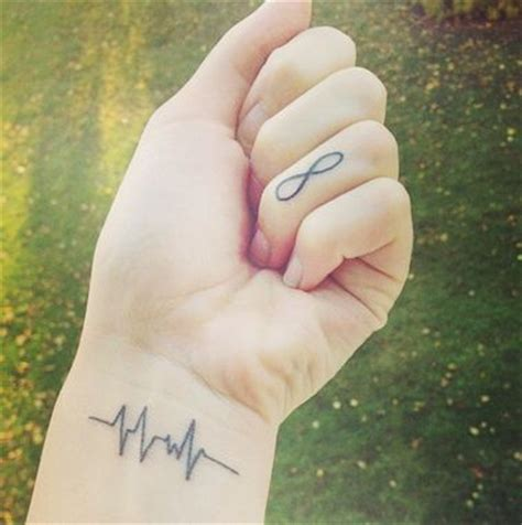 heart monitor tattoo 25 best ideas about monitor on