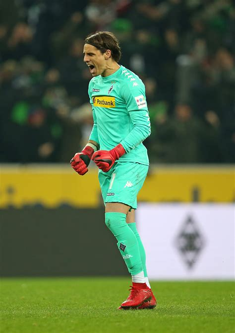 yann sommer profile and goalkeeper gloves glovespot