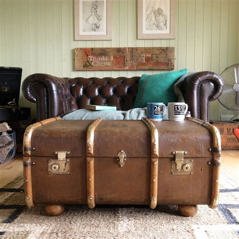 Suitcase Coffee Table Vintage Steamer Trunk Chest Banded Railway Luggage Suitcase Coffee Table Storage Coffee Table