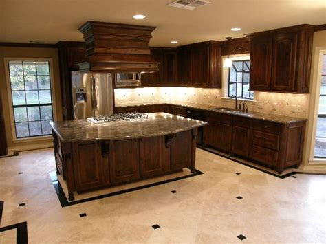 Knotty Alder Cabinets by Liebrum Construction And Mike Liebrum Realty Nacogdoches Tx