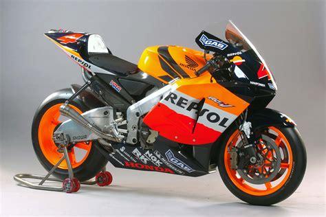 Newray 53763 Honda Cbr Rcv the lineage of honda s grand prix motorcycles asphalt