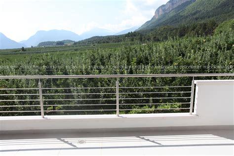 ringhiera per terrazzo balaustre in acciaio per balconi il di roversi scale