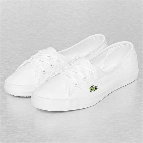 White Bench With Baskets Lacoste Ziane Chunky Lcr Spw Blanc Femme Baskets Lacoste