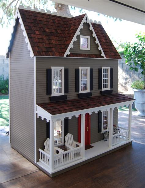 Handmade Dolls House - the dolls house