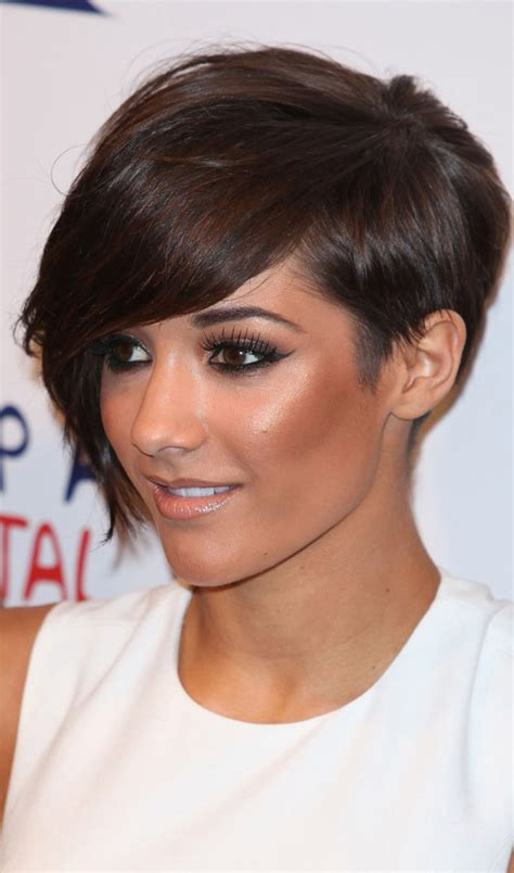 hairstyles with feathering on the sides 10 stunning feathered bob hairstyles to inspire you