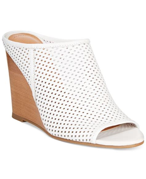 kenneth cole reaction wedge sandals kenneth cole reaction s edge hill wedge sandals in