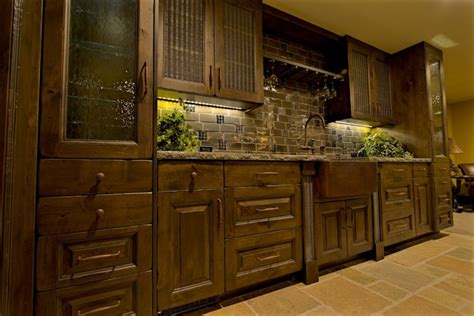 Rustic Walnut Kitchen Cabinets Roselawnlutheran | rustic walnut kitchen cabinets pilotproject org