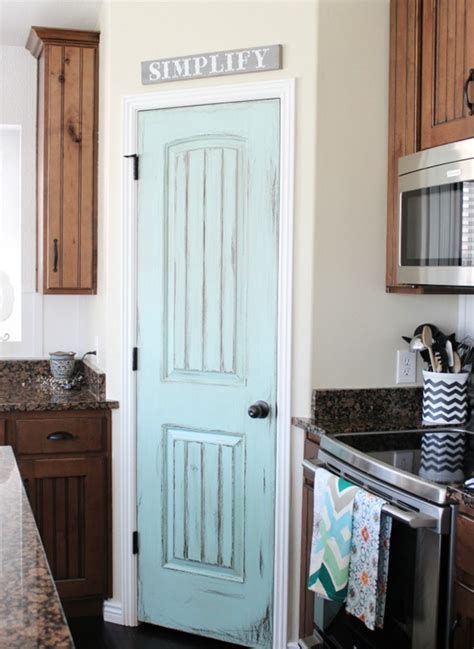 Kitchen Pantry Door Ideas by 8 Pretty Pantry Door Ideas That Showcase Your Storeroom As