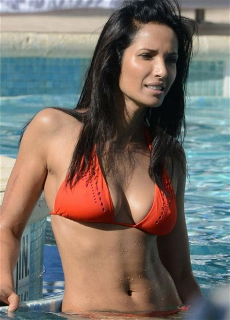 top 15 hottest celebrity top 15 hottest celebrity bikini bodies in the world
