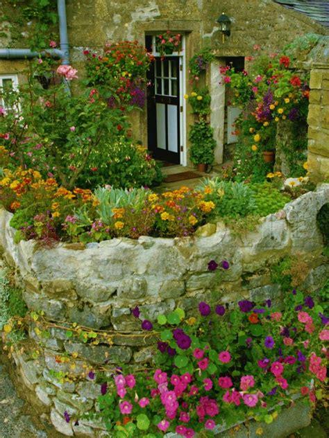 Old Stone Wall Garden For The Home Pinterest Rock Wall Garden
