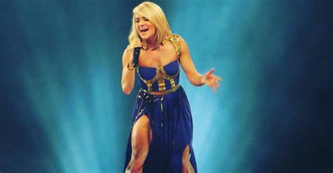 carrie underwood body people who have an issue with carrie underwood s body are