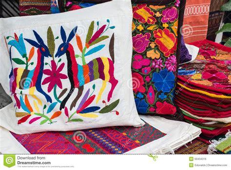 almohadas mexicanas foto de archivo imagen 50434316 - Almohadas Mexicanas
