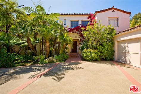 buy tom hanks pacific palisades real estate portfolio