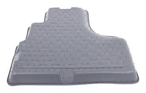 Floor Mats For Jeep Liberty by Floor Mats For 2005 Jeep Liberty Husky Liners Hl60202
