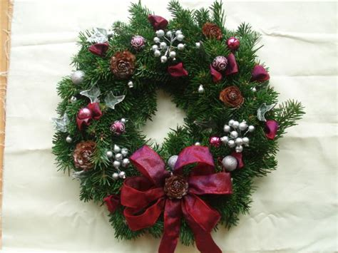 christmas wreaths add the finishing touch scottish