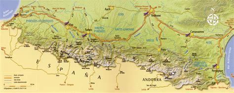 Carte des Les Pyrénées Arts et Voyages