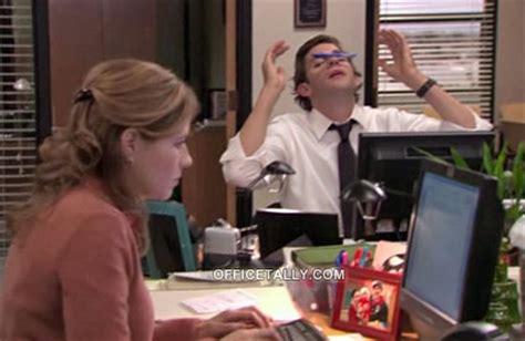 The Office Desk Episode Photo On Pam S Desk Officetally