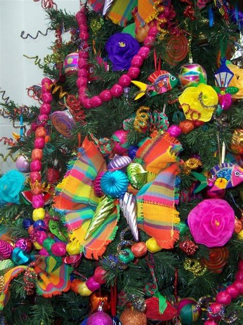 mexican style christmas decoration in pinterest https www so decor a mexican tree so colorfull from compartiendo