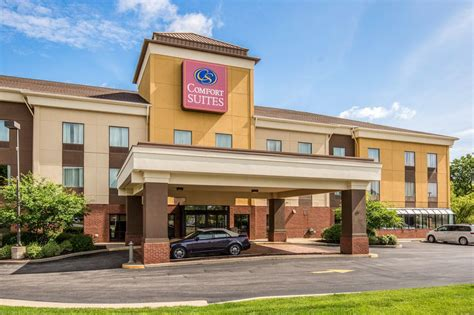 comfort inn fairview heights il comfort suites fairview heights reviews photos rates