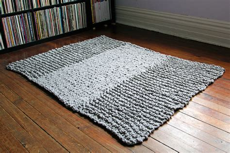 knitted rug pattern knit a rug to warm your floor 20 free patterns grandmother s pattern book