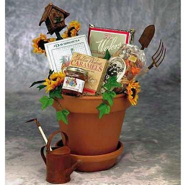 Gardening Gift Basket Ideas by Gardening Basket Gift Ideas