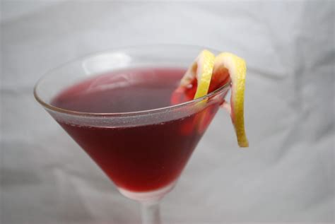 martini pomegranate the drink the pomegranate martini savoryreviews