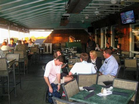 Unc Chapel Hill Mba Review by Top Of The Hill Outdoor Seating Picture Of Top Of The
