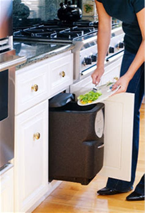 Composting Kitchen Waste At Home by Indoor Kitchen Composting Convert Waste Food To Compost