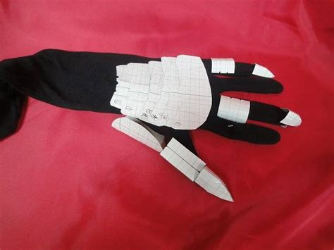 How To Make A Paper Iron Glove - how to make gloves armor with templates
