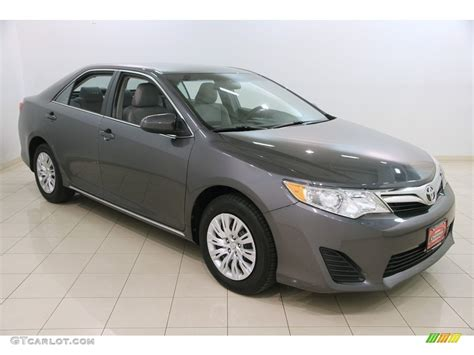 2014 magnetic gray metallic toyota camry le 120488292