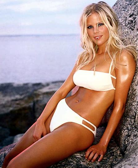 Tiger May Sue Mag For Elin Nordegren Pics by Jaimee Grubbs Photos And About The Tiger