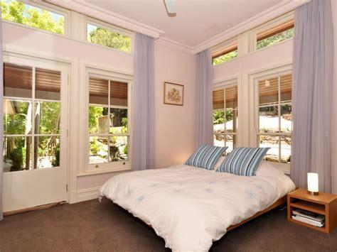 Pastel Colors Bedroom Ideas by Modern Bedroom Design Idea With Carpet Doors