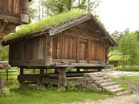 Moors Foundation Covered Stick 2 2 file norsk folkemuseum bur fra nedre nisi i gransherad