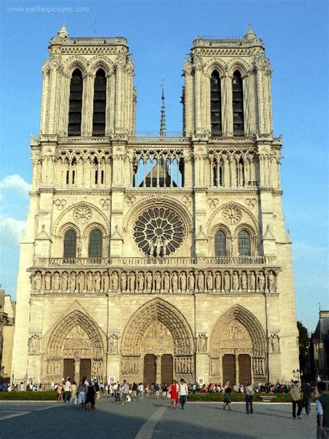 notre drame de paris romanesque to gothic the transition gothic architecture