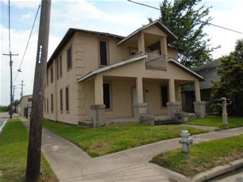 101 w sterling st baytown tx 77520 reo home details