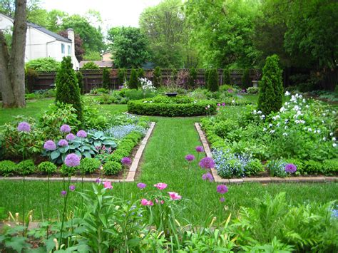 Backyard Garden Fascinating Backyard Garden Designs 17 Yard And Garden Ideas