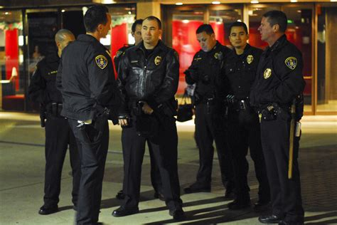 San Diego Officer by San Diego Sdpd Among Lowest Paid In State The
