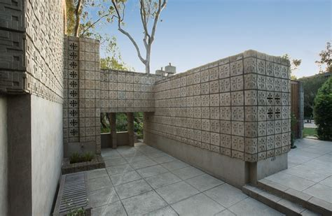millard house frank lloyd wright millard house concrete block exterior spaces interior design ideas
