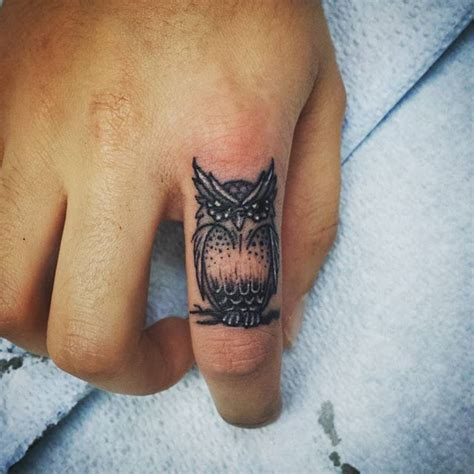 tattoo on your hand between thumb 9 tiny tattoos ideas for those who don t want to be inked out