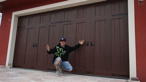 comparing woodtone  doors   garage doors