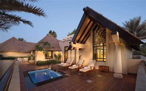 the best hotels in dubai jumeirah hotel review dubai travel