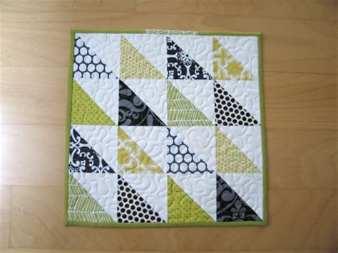 Simple Patchwork Designs - how to make patchwork quilts 24 creative patterns guide
