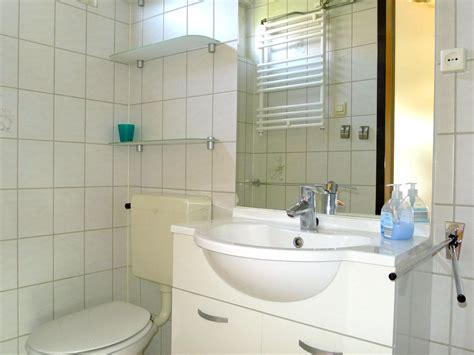 Toilette Mit Dusche Und Fön by Ferienhaus Hoge Weide 11 Walcheren Oostkapelle Firma