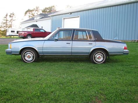 1982 Pontiac Bonneville by 1982 Pontiac Bonneville Prince County Pei