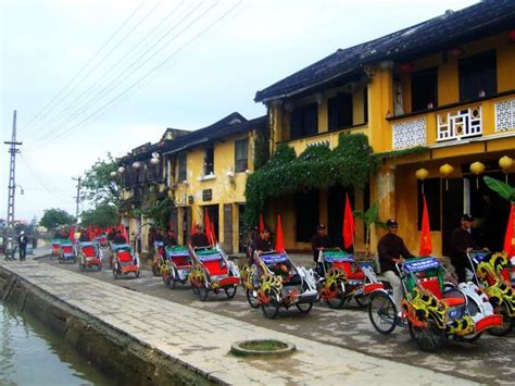 Enjoying Tet holiday in Hoi An