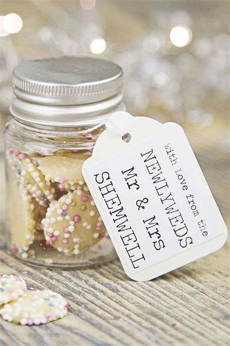 Wedding Favour Ideas by Wedding Favour Decoration