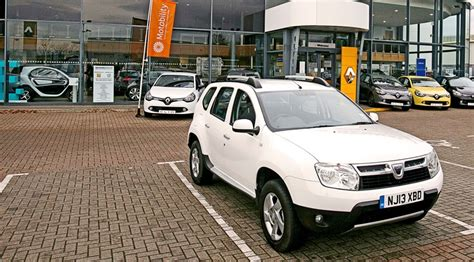 renault duster 2014 white dacia duster 1 5 dci laureate 4x4 2014 long term test
