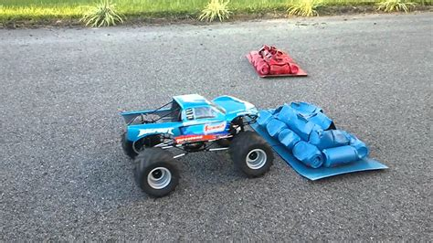 bigfoot rc monster truck rc bigfoot 18 monster truck youtube