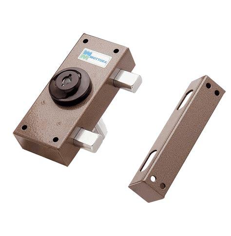 serrature per persiane serrature da applicare per porte legno mottura serrature